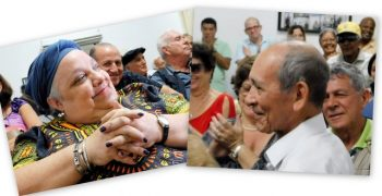 Isabelita Moya y Eduardo Yassels, en los momentos en que conocieron de su reconocimiento con el Premio Nacional de Periodismo José Martí por la obra de la vida (Foto: Yoandry Avila Guerra)