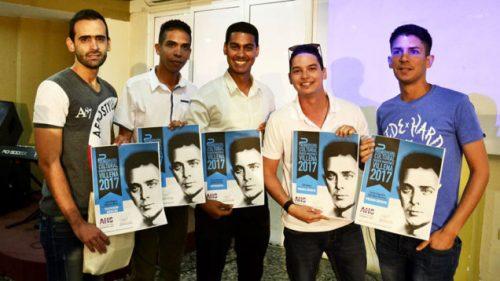 Ganadores del Premio de Periodismo Cultural Martínez Villena, que convoca la Asociación Hermanos Saíz (Foto: Web AHS)