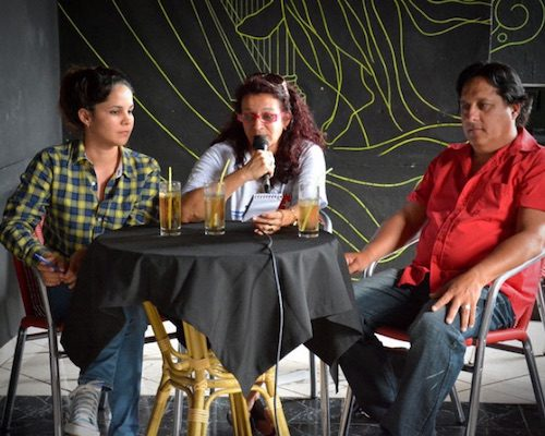Tatyana Galbán, directora de Radio Holguín, durante la presentación del videoclip. Foto: Pablo Carreras