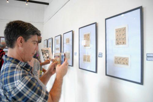 Se abrió una amplia muestra de la obra de Rafael Fornés, caricaturista cubano que dejara una vasta obra en el periódico Revolución y en la revista Signos, entre otros medios (Foto: Yoandry Avila Guerra)