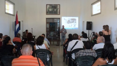 Sesiones en un lugar histórico, la sede del antiguo Presidio Modelo, en Nueva Gerona (Foto: KAR)