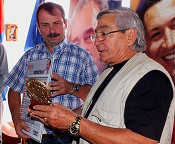 Fernando González en la Casa de la Prensa de Holguín
